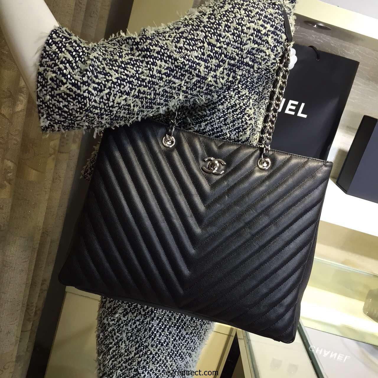 3130be60ed3104 Chanel Large Classic Tote Bag | Bragmybag