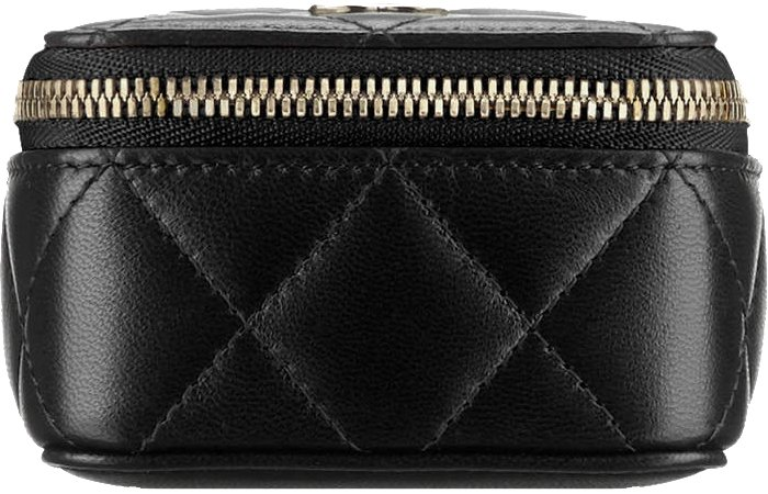 chanel-small-quilted-pouch