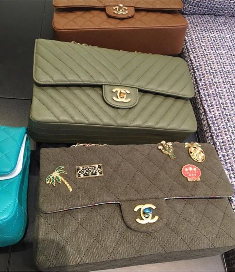 chanel-charms-and-gold-metal-bag-collection-2