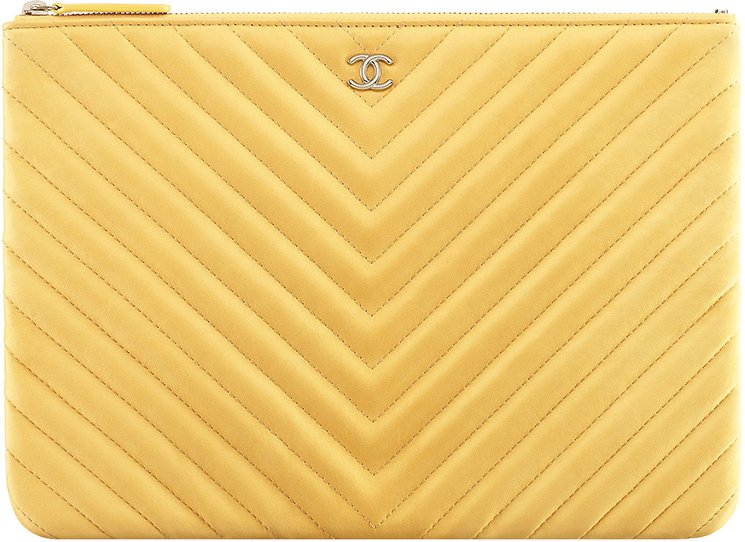 chanel-chevron-o-case