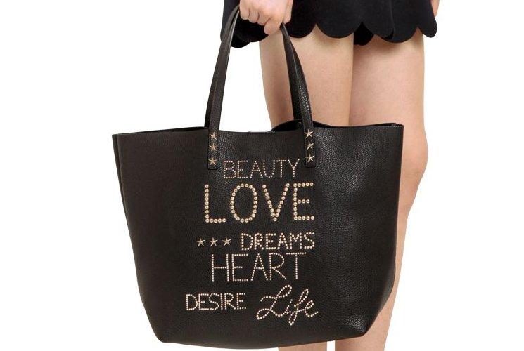 red-valentino-beauty-love-dreams-heart-desire-life-bag-6