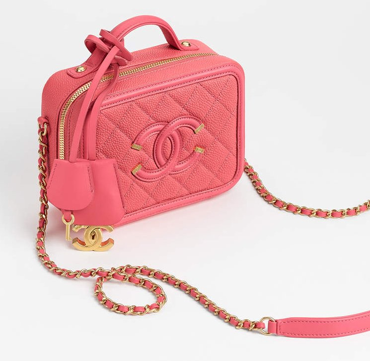 Chanel-CC-Filigree-Vanity-Case-Bag-6