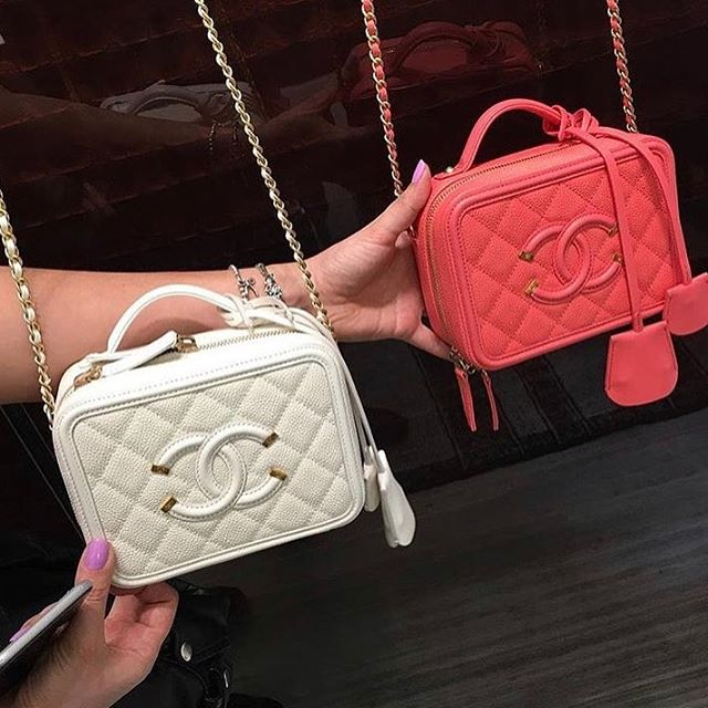 Chanel-CC-filigree-bag