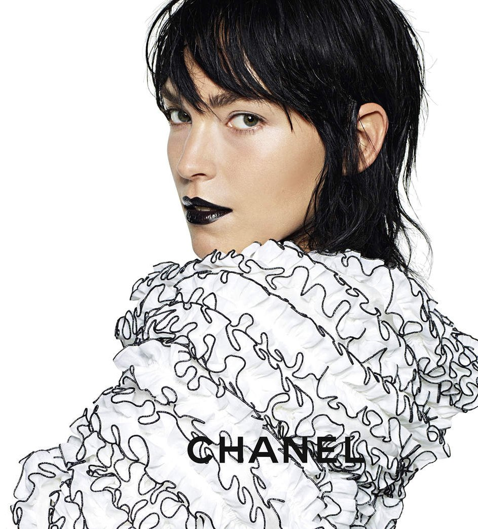 Chanel-Spring-Summer-2017-Ad-Campaign-18