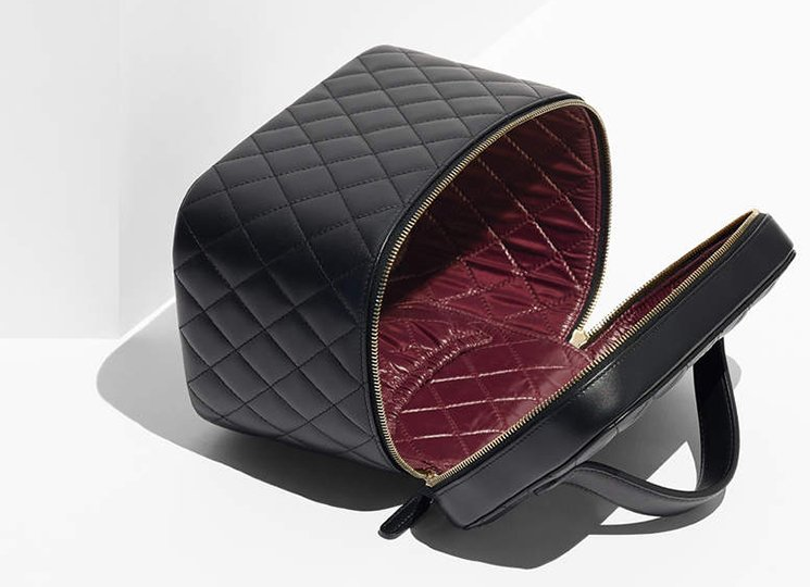 chanel-vanity-pouch-and-watch-case-2