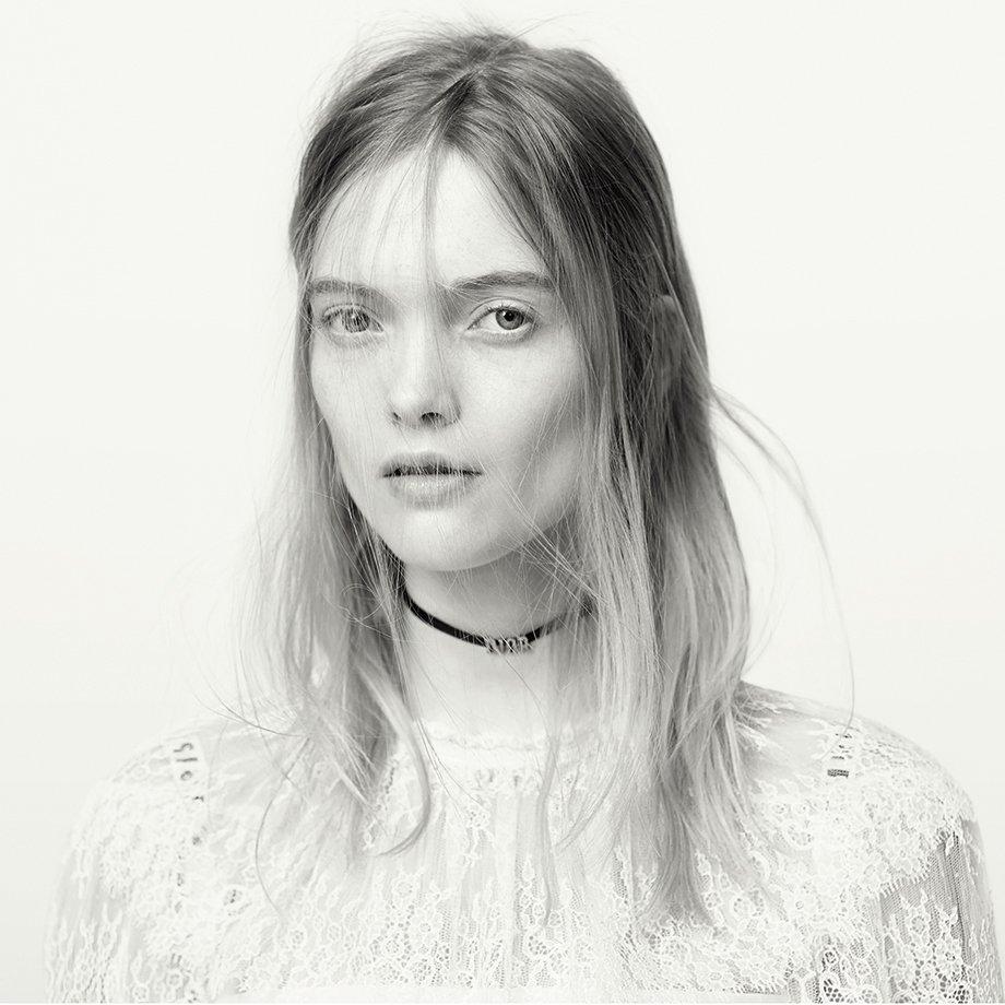 dior-spring-summer-2017-ad-campaign-2