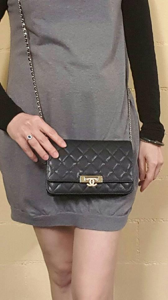 Chanel-Golden-Class-CC-WOC