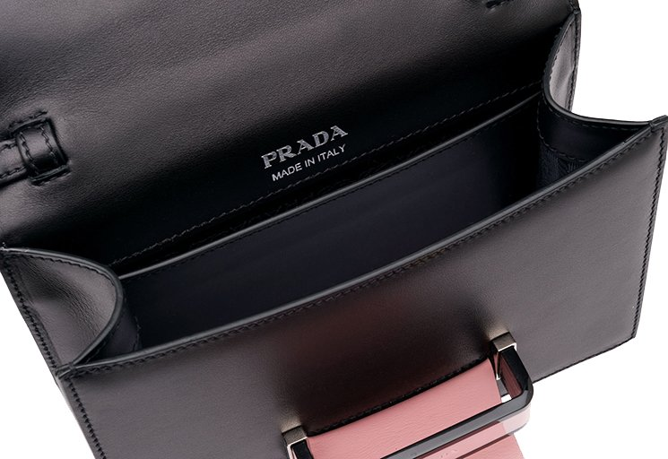 Prada-Plex-Ribbon-Bag-6