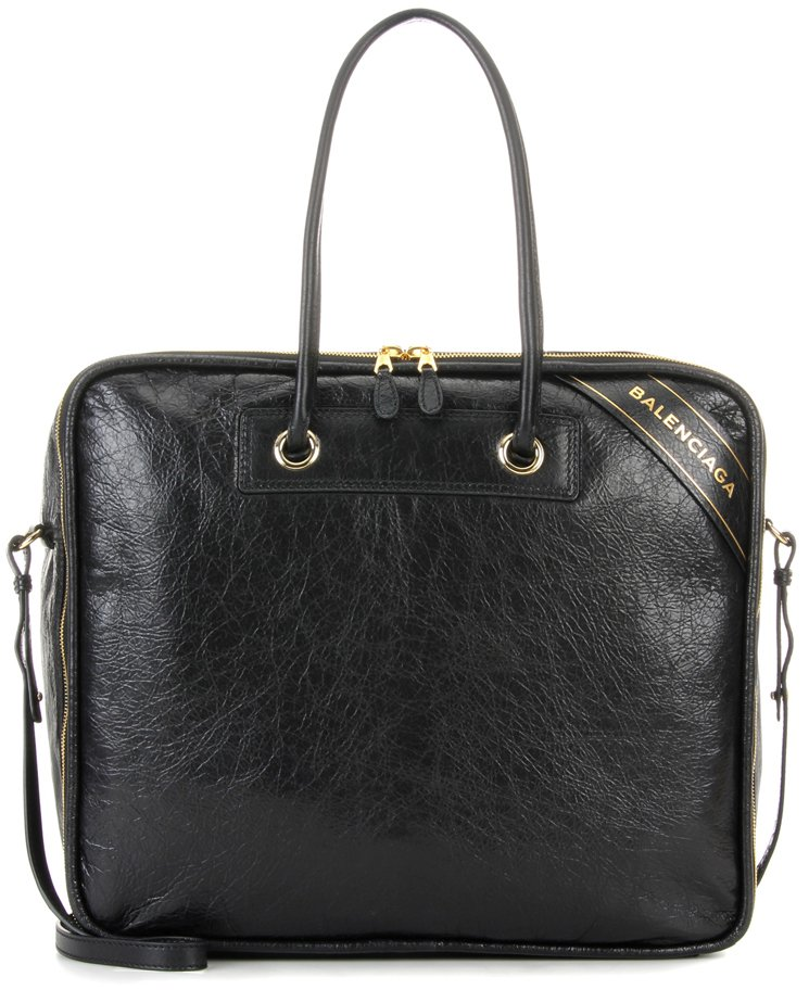 584120194e16 ALSO READ  Read More About Balenciaga Bags And Accessories