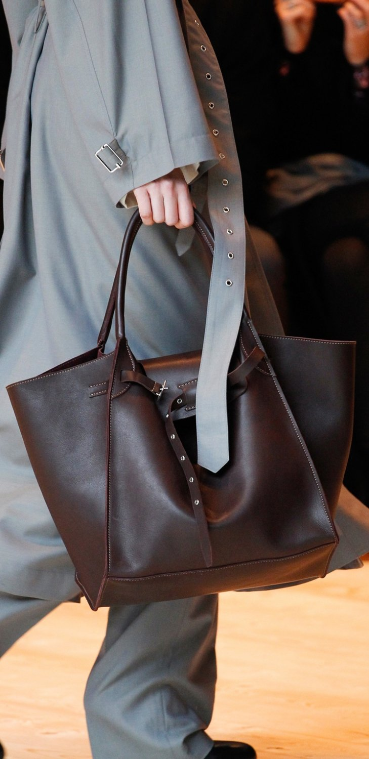 Celine-Fall-Winter-2017-Runway-Bag-Collection-16
