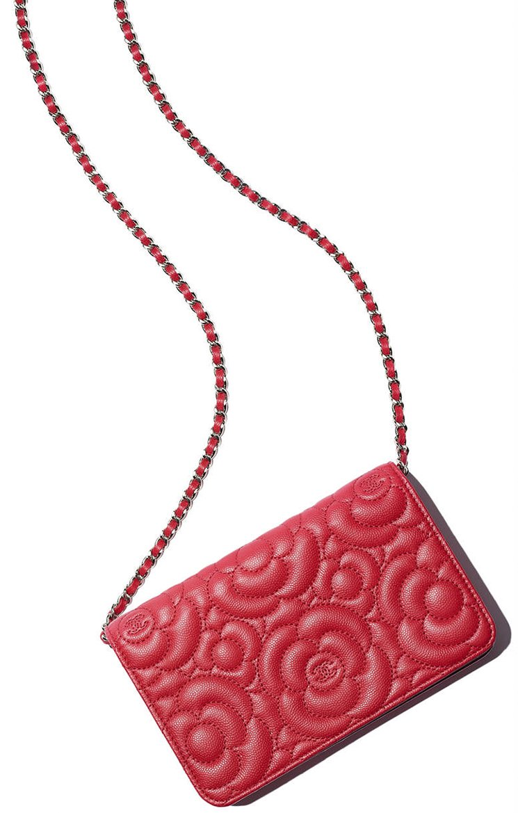 Chanel-CC-Camellia-Wallet-On-Chain-Bag-2