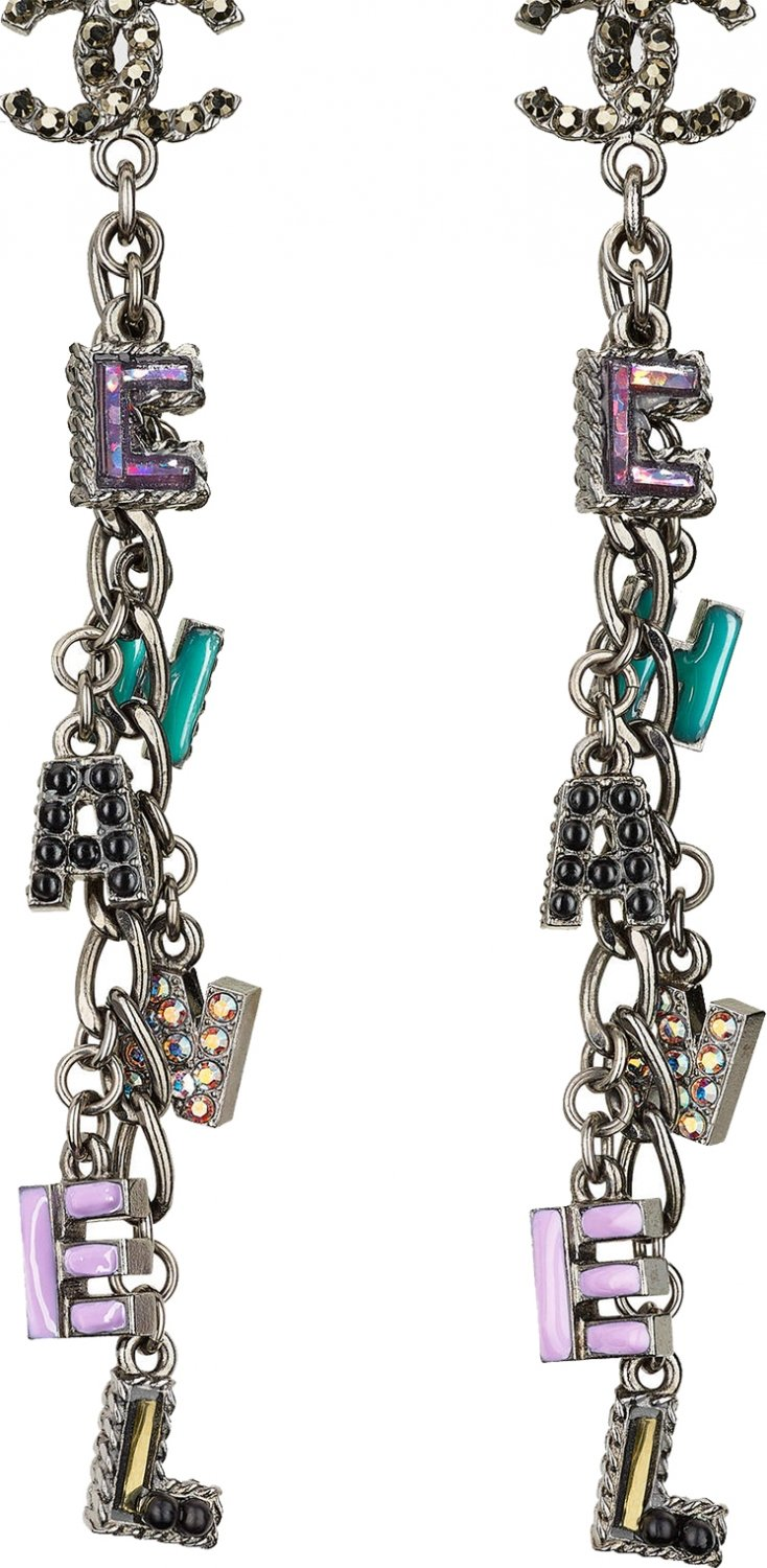 Chanel-Earrings-From-The-Spring-Summer-2017-Collection-46