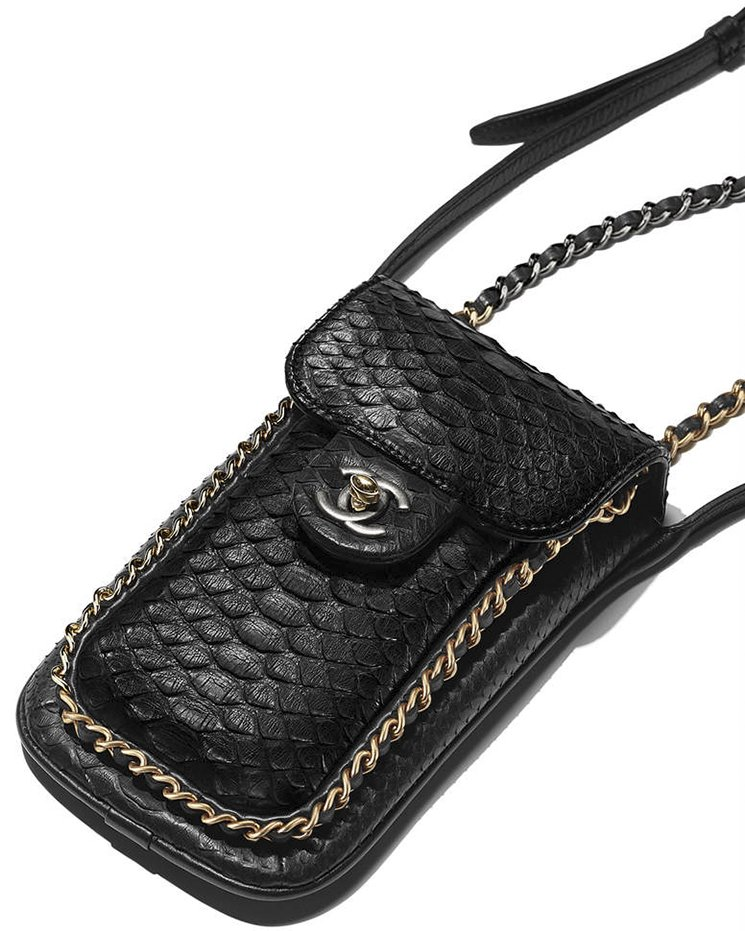 Chanel-Extra-Mini-Python-Wallet-On-Chain-Bag-2