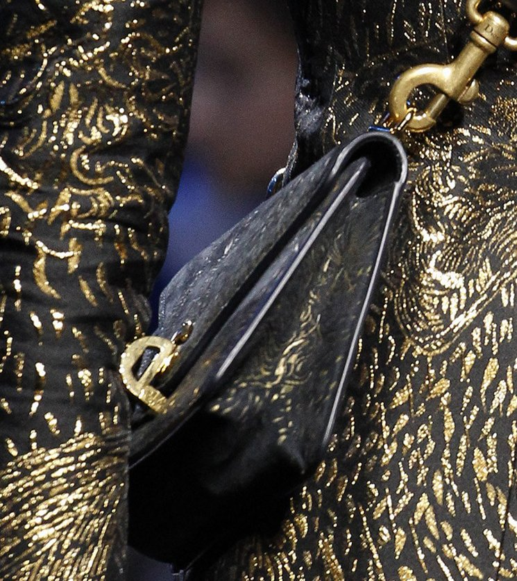 Dior-Fall-Winter-2017-Runway-Bag-collection-16