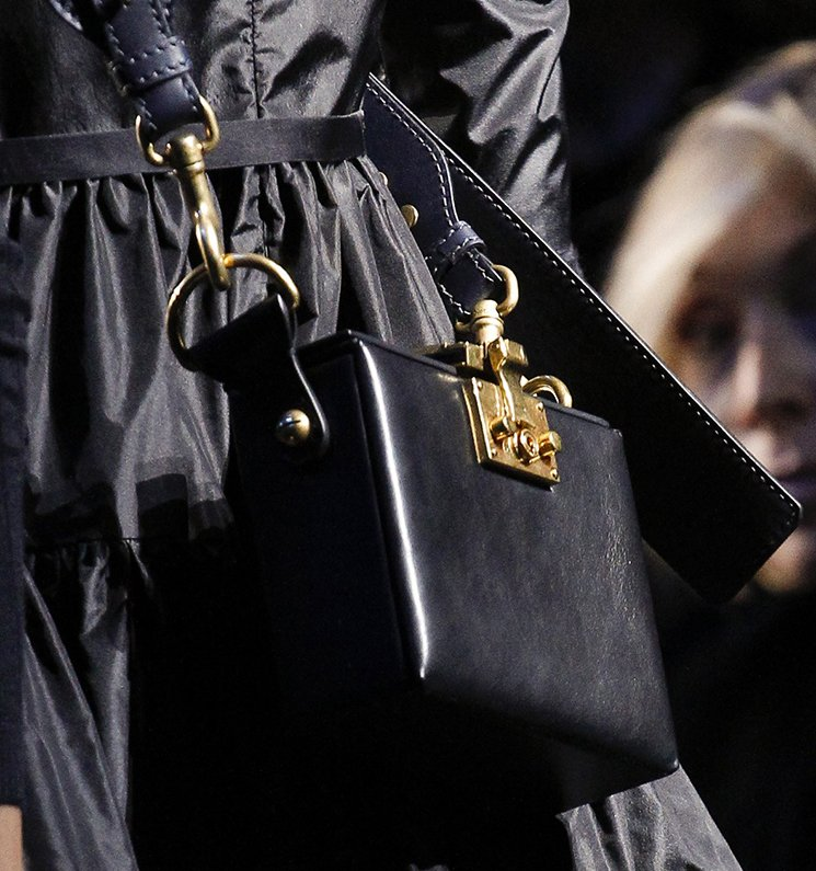 Dior-Fall-Winter-2017-Runway-Bag-collection-2
