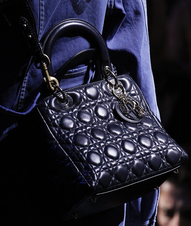 Dior-Fall-Winter-2017-Runway-Bag-collection-9