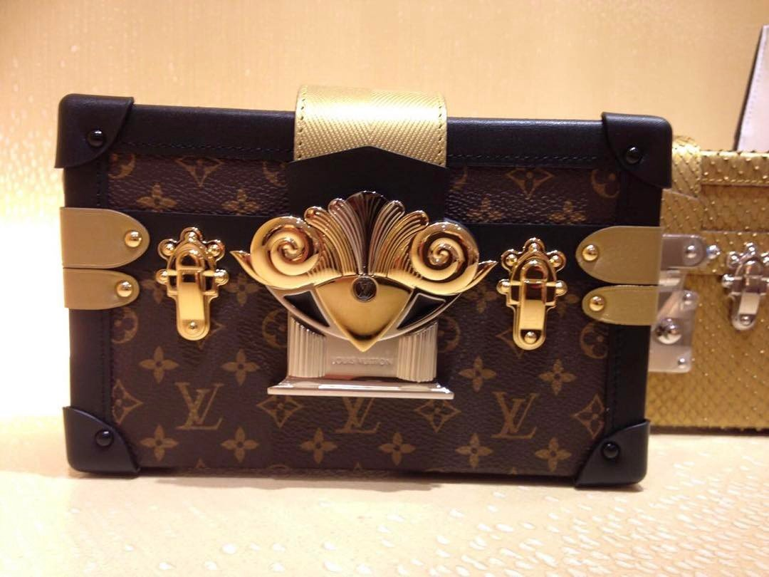 Louis-Vuitton-Parisian-Petite-Malle-Bag