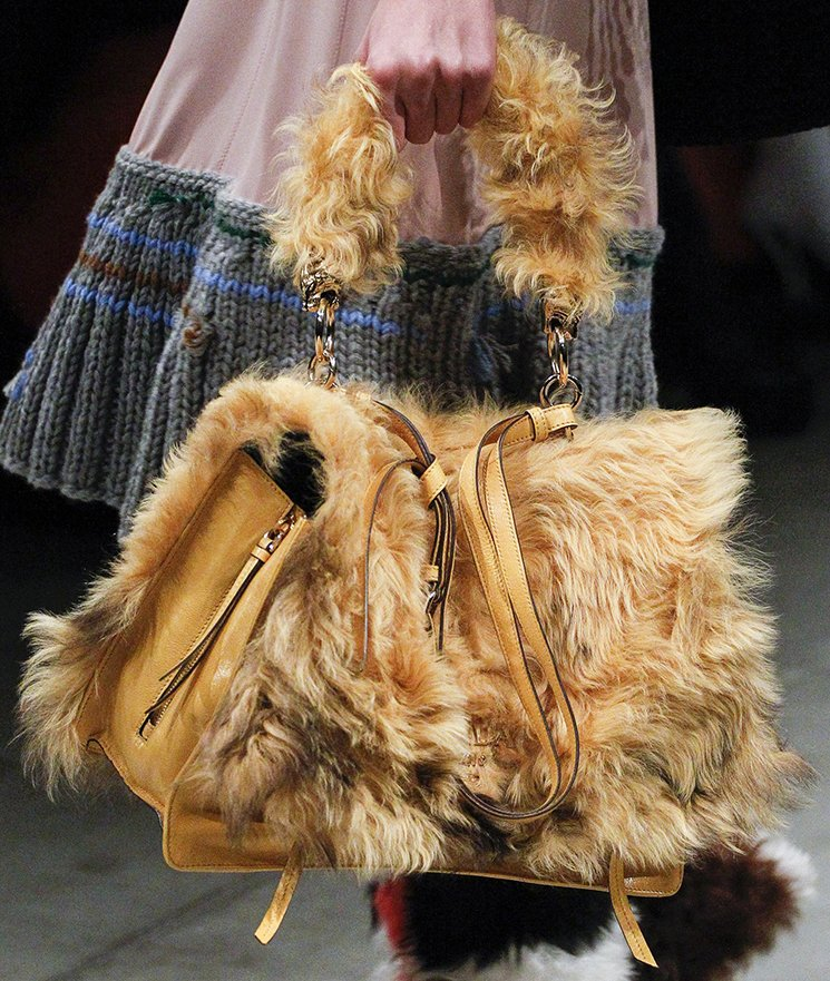 Prada-Fall-Winter-2017-Runway-Bag-collection-16