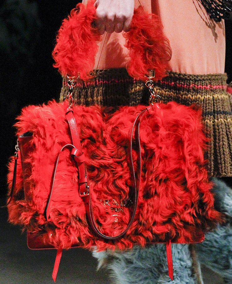 Prada-Fall-Winter-2017-Runway-Bag-collection-19