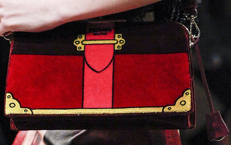 Prada-Fall-Winter-2017-Runway-Bag-collection-30