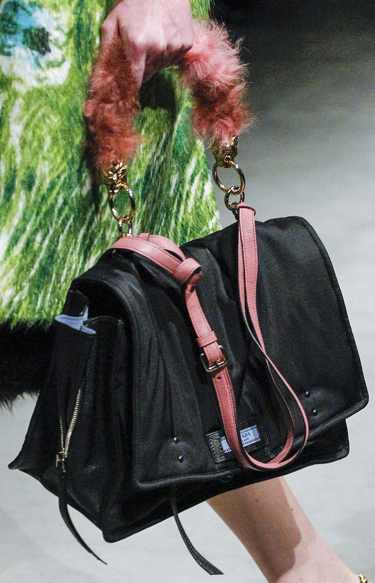 Prada-Fall-Winter-2017-Runway-Bag-collection-9