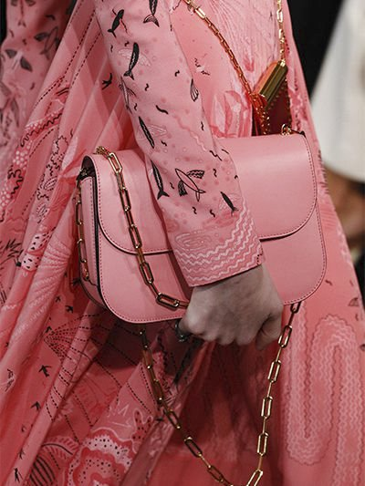 Valentino-Chain-Shoulder-Bag-6