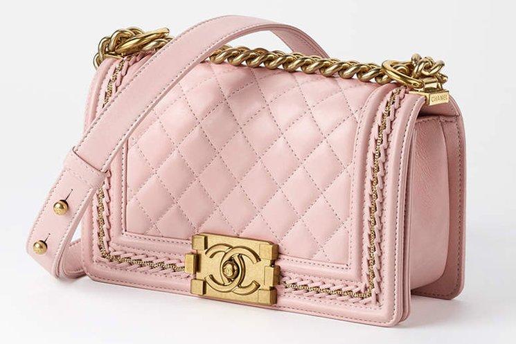 Boy-Chanel-Beauty-Chain-Around-Bag-8