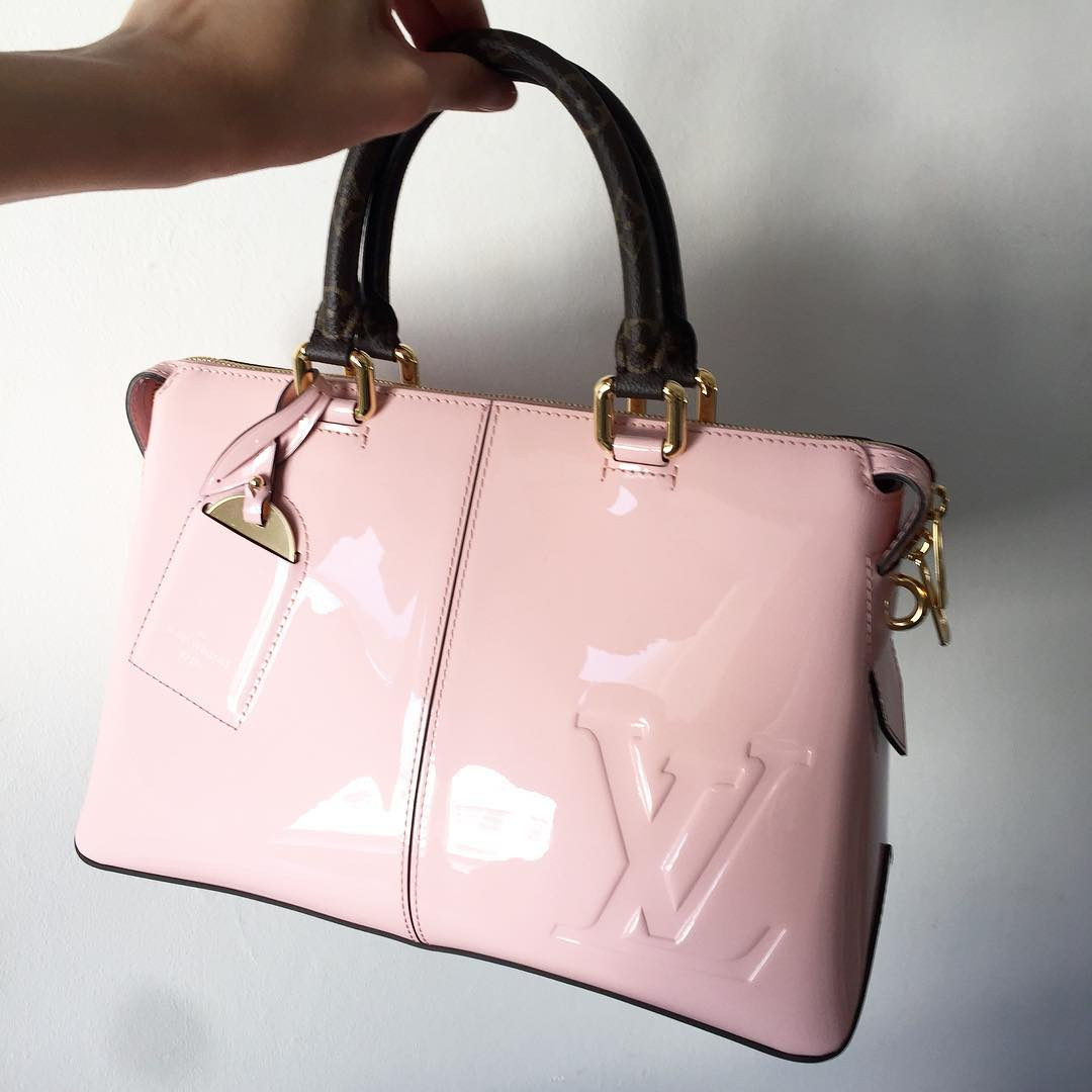 Louis-Vuitton-miroir-Bags