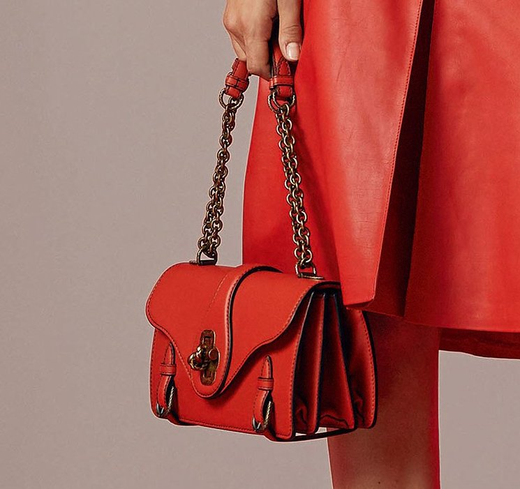 Bottega-Veneta-Resort-2018-Ad-Campaign-8