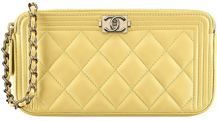 Boy-Chanel-Clutch-with-Chain