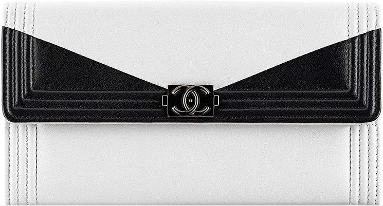 Boy-Chanel-Triangle-Bi-Color-Wallets-3