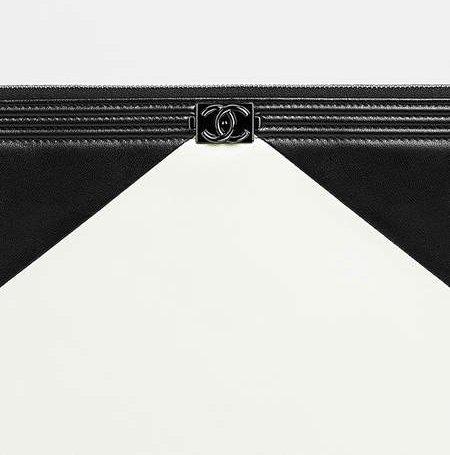 Boy-Chanel-Triangle-Bi-Color-Wallets-8