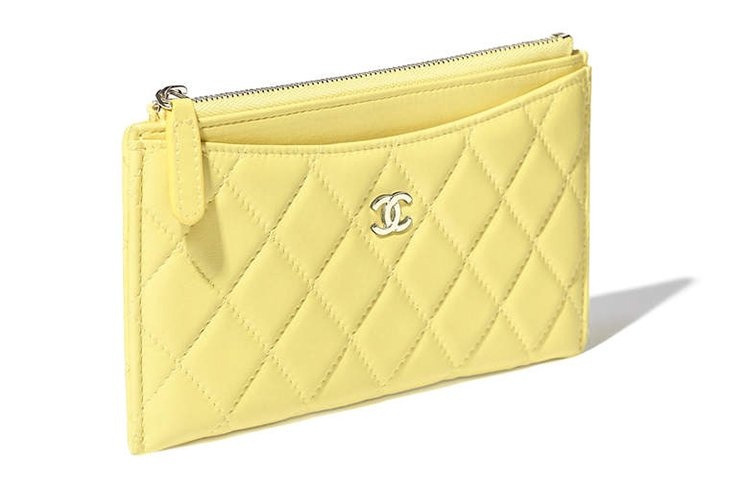 Chanel-Classic-Pouches-3