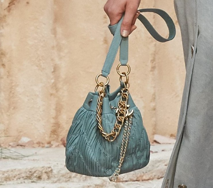 chanel bags 2018. chanel-cruise-2018-runway-bag-collection-1-12 chanel bags 2018 l