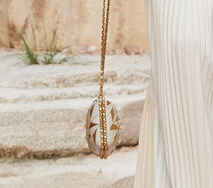 Chanel Cruise 2018 Runway Bag Collection | Bragmybag