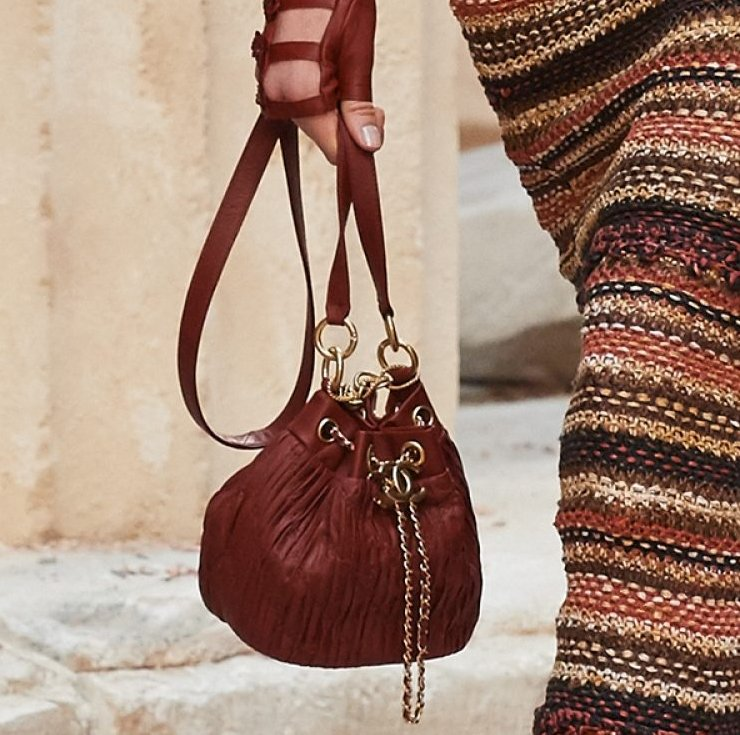 Chanel-Cruise-2018-Runway-Bag-Collection-1-3