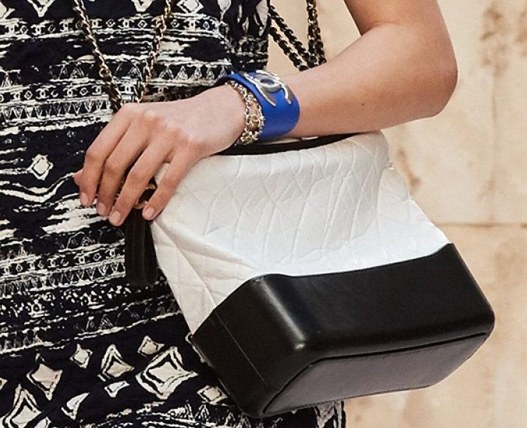 Chanel-Cruise-2018-Runway-Bag-Collection-1-6