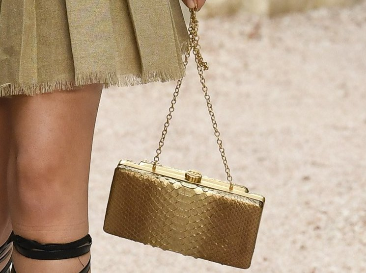 Chanel-Cruise-2018-Runway-Bag-Collection-10