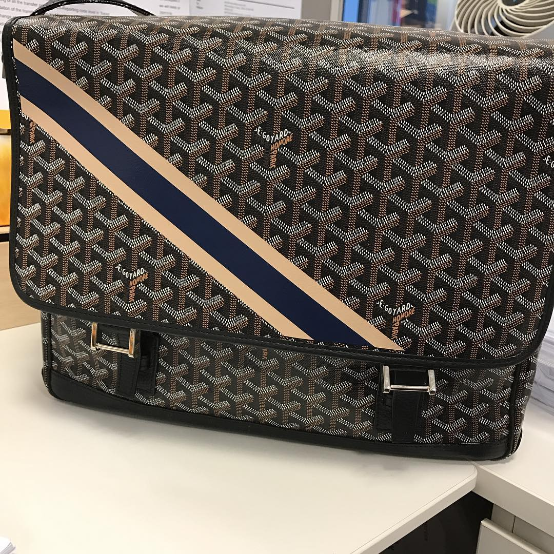 Goyard-Grand-Blue-Bag-Prices