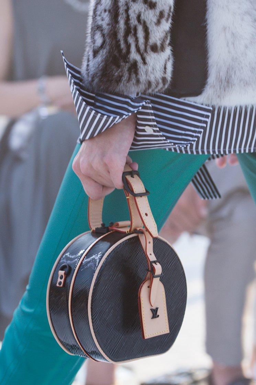 Louis-Vuitton-Cruise-2018-Runway-Bag-Collection-10
