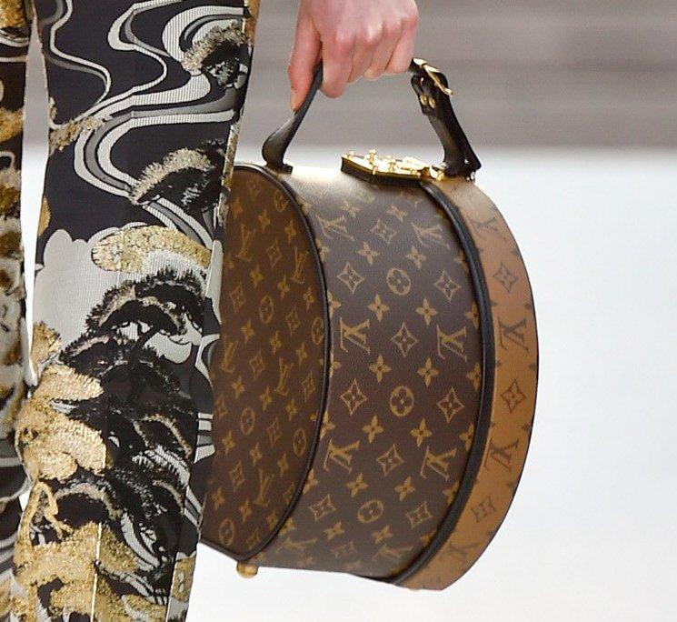 Louis-Vuitton-Cruise-2018-Runway-Bag-Collection-25
