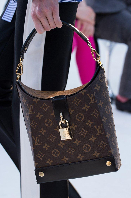 Louis-Vuitton-Cruise-2018-Runway-Bag-Collection-4