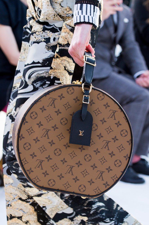 Louis-Vuitton-Cruise-2018-Runway-Bag-Collection-8