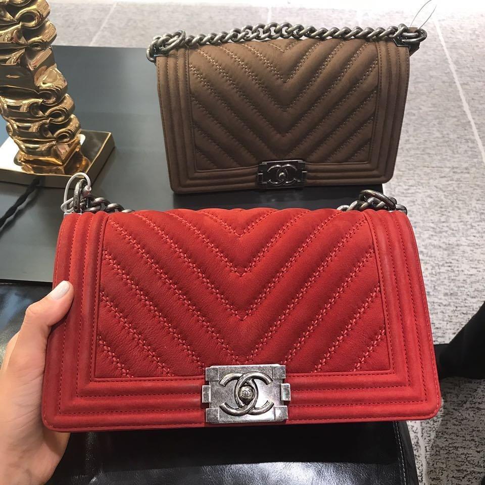 60419875fa38d4 Boy Chanel Chevron Stitched Flap Bag | Bragmybag