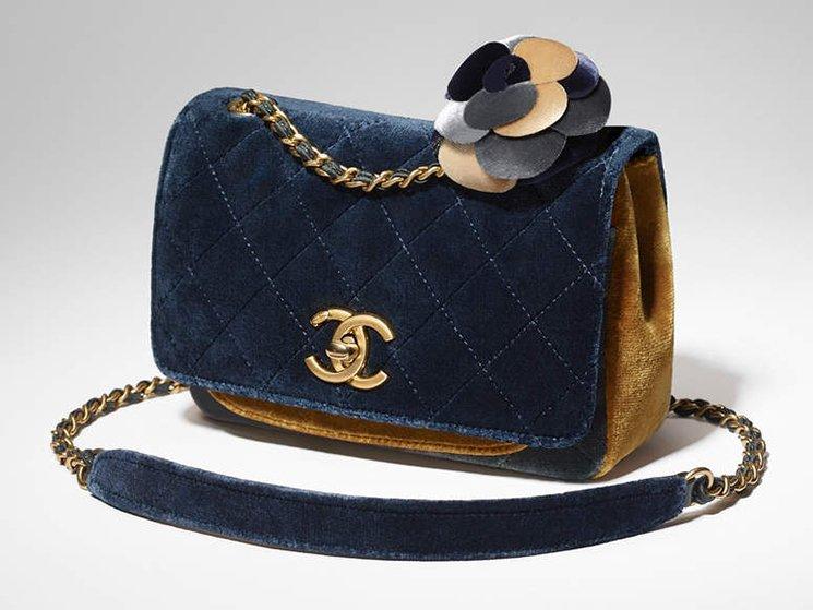 Chanel-Camellia-Flower-Bag-10