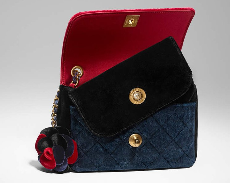 Chanel-Camellia-Flower-Bag-7