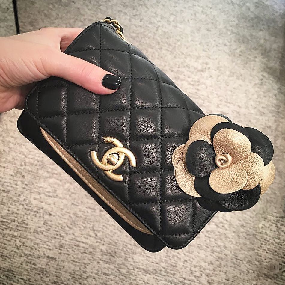Chanel-Camellia-flower-bag