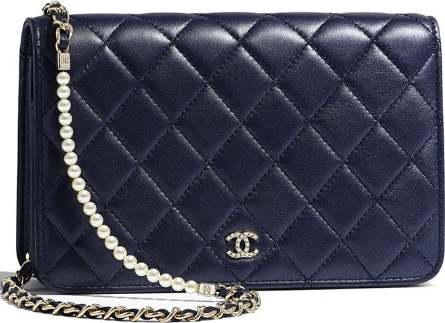 3523a4c6ff67 Chanel Pearl Wallet On Chain | Bragmybag