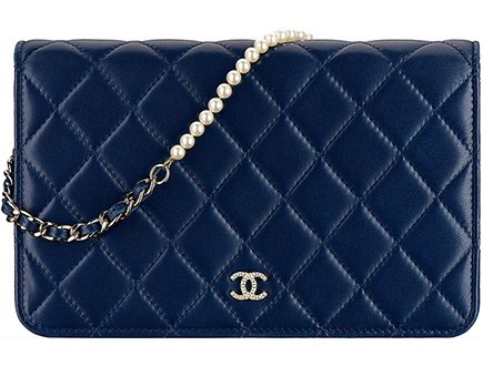Chanel Pearl Wallet On Chain