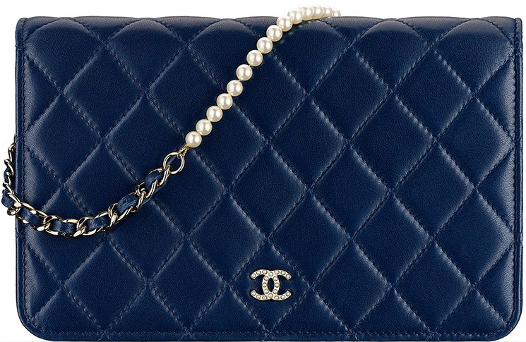 Chanel-Pearl-Wallet-On-Chain
